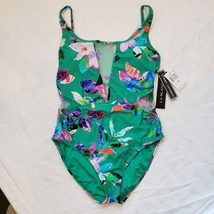 NEW-- La Blanca Swimsuit